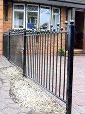 Staggered ball top railings